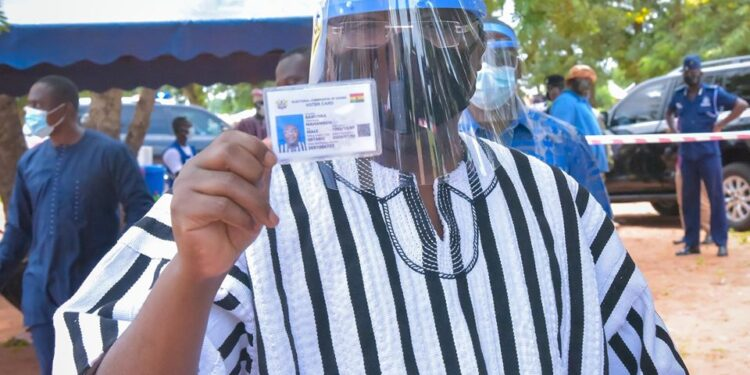Photos: Bawumia registers for new voter ID