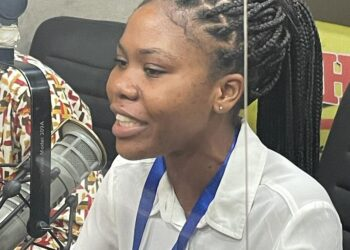 University student urges employers to waive experience requirement for fresh graduates